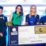 Η Carly Booth είναι η πρώτη γυναίκα νικήτρια του Aegean Airlines Pro-Am από την έναρξή του το 2006